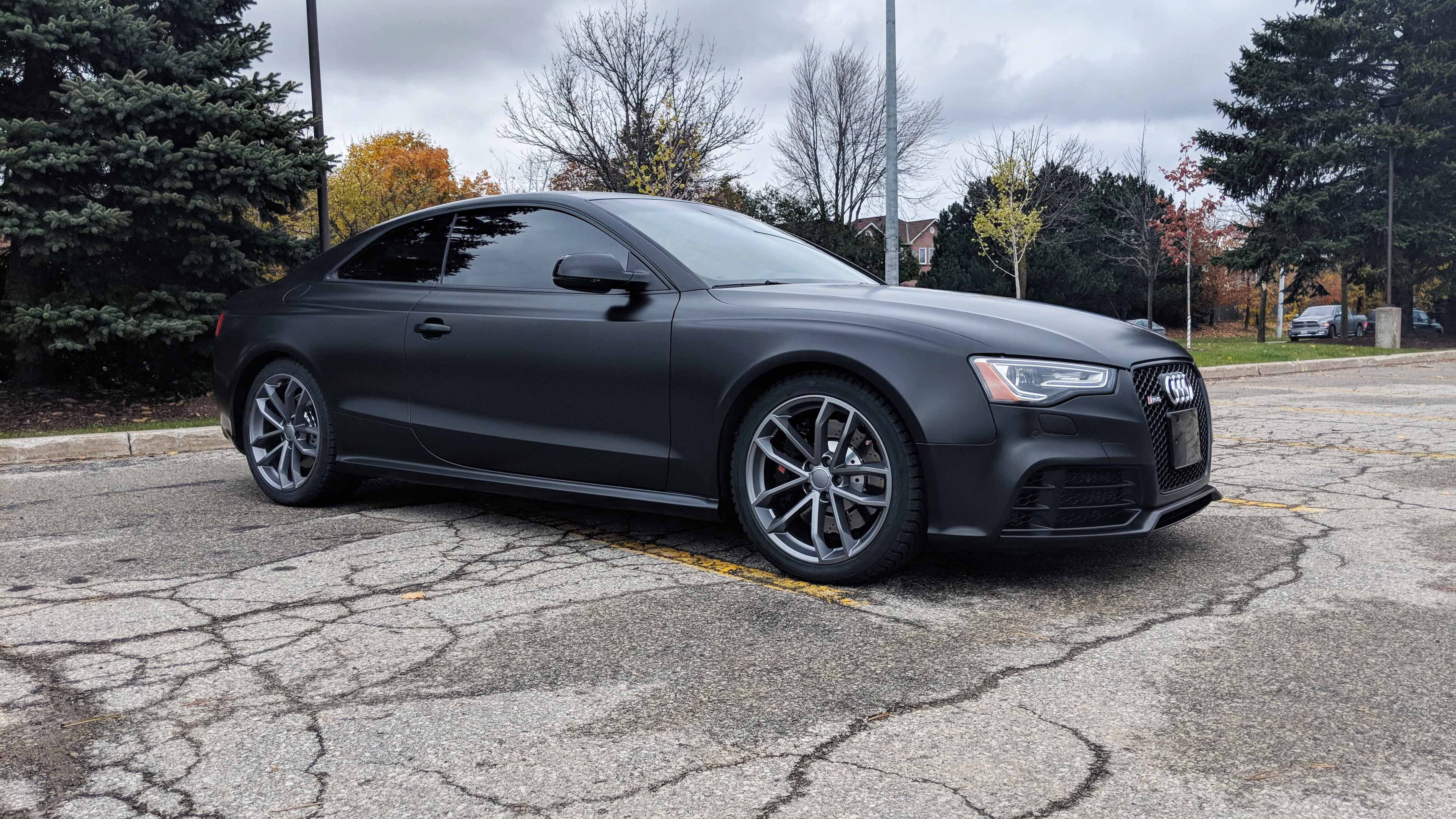 Audi RS5 Avery satin black wrap